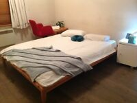 Spacious double Spare Room in Earls Court to Rent everything included