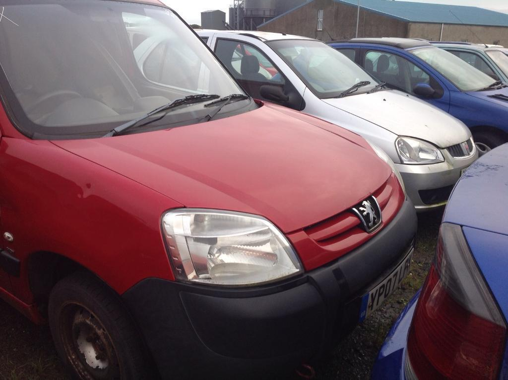 2007 PEUGEOT PARTNER 1.6 DIESEL BREAKING FOR PARTS ONLY POSTAGE AVAILABLE NATIONWIDE