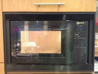 Built-in Neff 800 w microwave with large (32 cm) turntable.