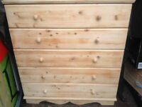 Soild wood chest of drawers
