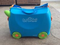 Trunki Ride On Children Kids Hand Luggage Suitcase Green/Blue with strap and key