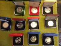 EXCELLENT LITTLE COLLECTION OF 11 SILVER PROOF COMMEMORATIVE CROWNS