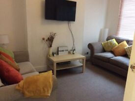 Fantastic 4 bed student house Princes Rd TS1 , 2 mins to uni! Spacious, and immaculate throughout