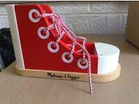 Shoe threading/lace tying