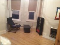 LARGE 1 BEDROOM FLAT WITH PRIVATE GARDEN FOR YOUR 2 BEDROOMS HOUSE OR FLAT