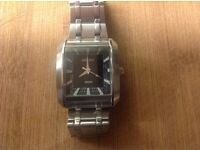 Seiko heavy stainless steel 100 metre water resistant watch excellent quality cost £300