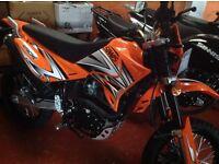 Sinnis Apache 125 4 Stroke motorcycle
