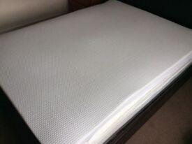 Gel fusion King size Memory Foam mattress topper