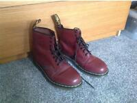 Dr Martin boots Very good condition size 7