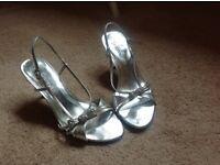 Ladies Silver Sandals Size 5