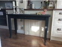 Stunning console table / side table