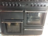 Belling countrychef 100 g cooker two ovens a grill and hob with eight gas burners good condition.
