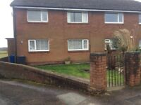 2 bedroomed Fully furnished ground floor apartment, garage & private parking