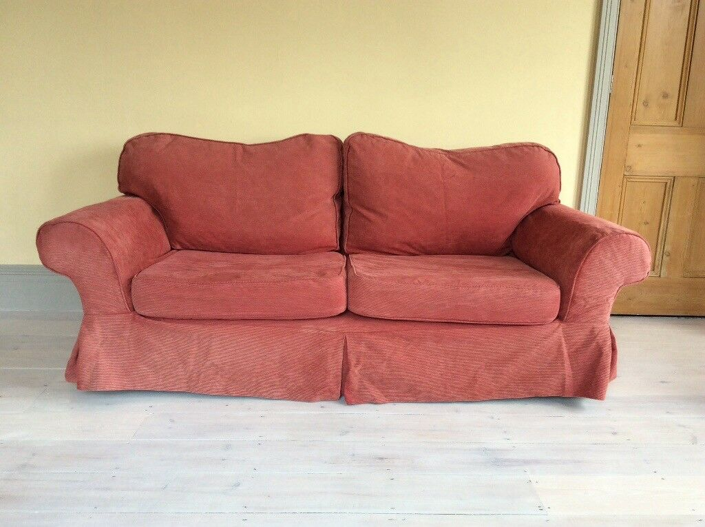 BIG COMFY SOFA Excellent condition, non smoking home. Fire safety ...