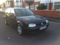 Volkswagen Golf 1.6 match 5dr hatchback petrol manual 2003 black colour full service history £895.