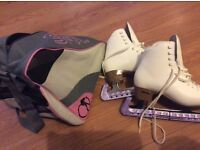 Figure Ice skates with carry bag. Uk size 5.5