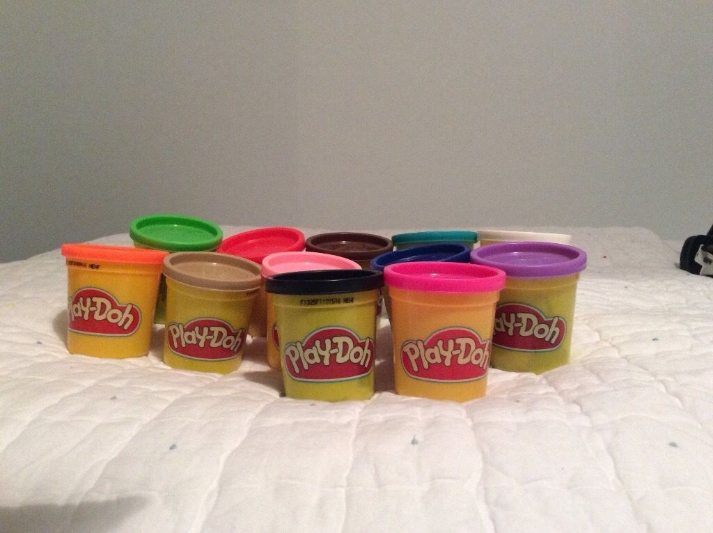 Play-Doh x 12 tubs. Brand new