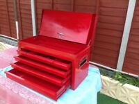 Snap on style tool box