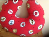 Breast feeding / maternity pillow