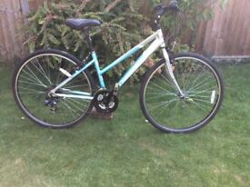 LADIES DAWES DISCOVERY 21 SPEED HYBRID/TOWN BIKE