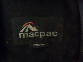 Macpac Vamoose rucksack carrier with sunshade and waterproof cover