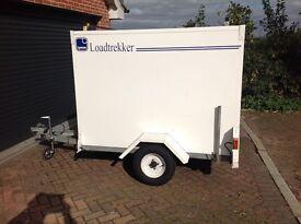 Trailer Lynton load trekker,roof rack,spare wheel,roller shutter door,hitch lock,good all round.