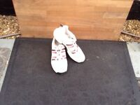 Slazenger cricket shoes size 9 and a half,with 11 studded soles