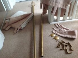 CURTAIN POLE with DECORATIVE ENDS, very long (extends to 2meters60),satin finish bronze colour