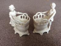 Pair of decorative figurines