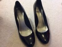 Black high heels size 5