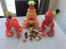 Elc happyland early learning centre dinosaur set dino