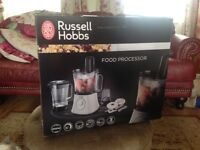Brand new Russell Hobbs food processor/blender/smoothie maker/chopper never used/removed from box.