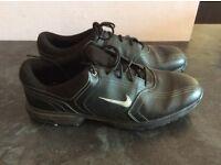 Golf shoes Nike Heritage EU