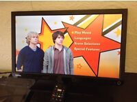 """TOSHIBA 22"""" LED ULTRA SLIM HD TV with built in DVD PLAYER,Freeview HD,Excellent condition"""