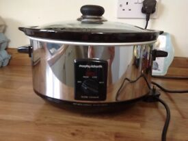 Morphy Richards Slow Cooker.