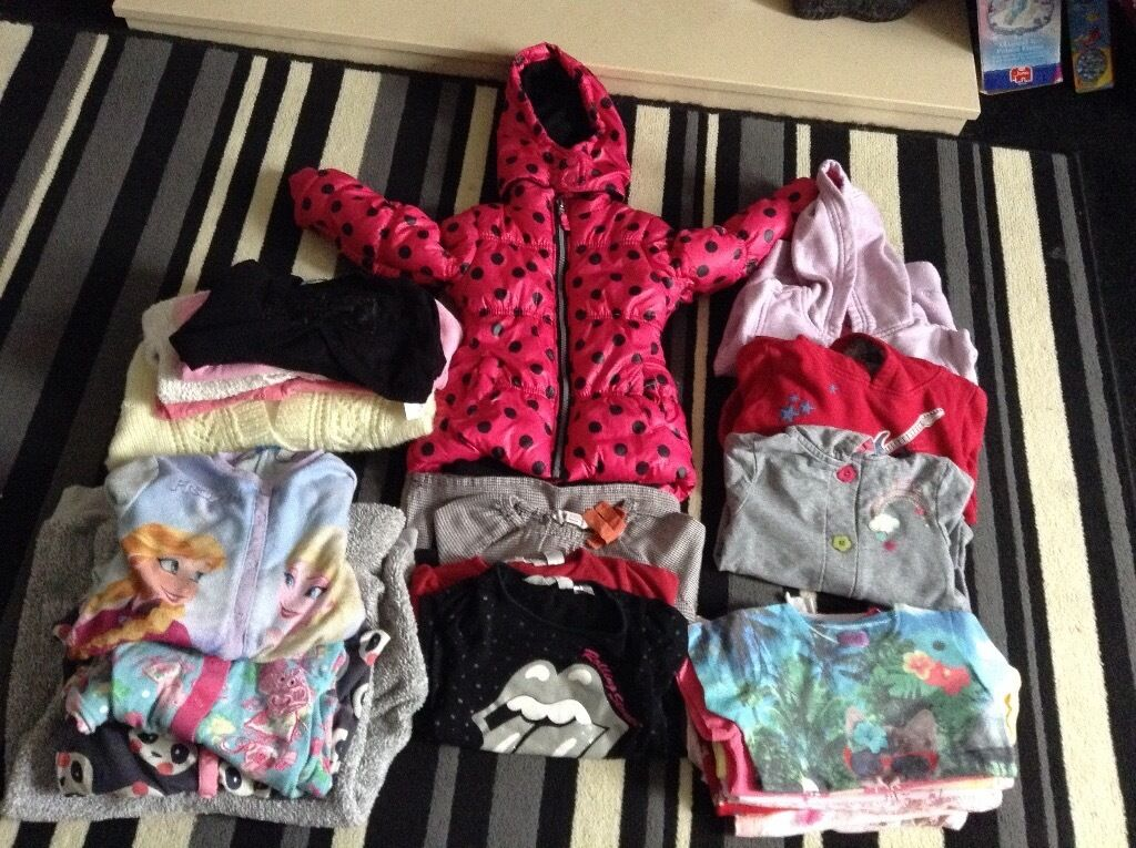Girls 2-3 years large bundle of clothes