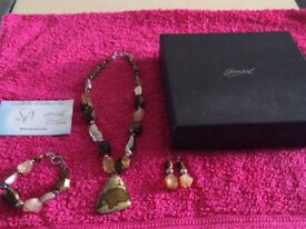 New Jewellery Set (Ideal Gift) £10.00
