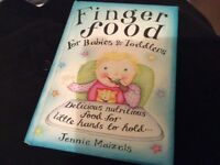 Finger foods for babies/toddlers book