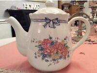 Large Floral Tea Pot