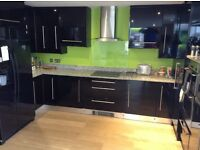 Kitchen Units in Black Gloss plus Doors & Handles