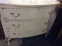 Vintafe shabby chic chest of drawers