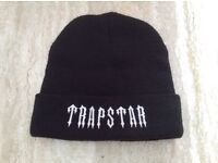 Trapstar black knitted mans hat New
