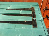 3 x 16 inch Tee Hinge Black in very good condition - Bargain £ 7.50