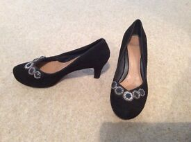 Clarks size 6 wide fitting black suede embellished party shoes