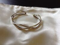 Solid sterling silver 925 wavy design bangle