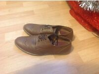 Mens brown burton shoes £15 size 11