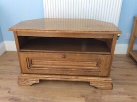 Traditonal style solid oak t.v. cabinet-Free Local Delivery