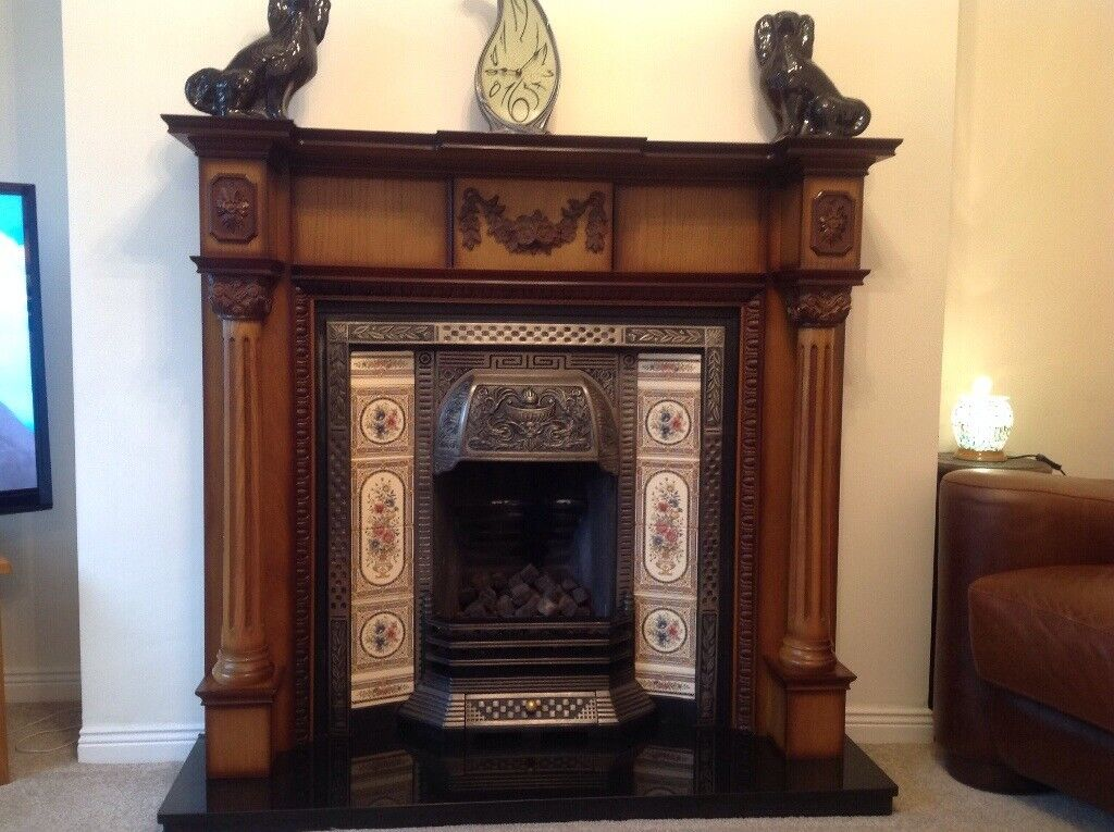 Fire surround great condition includes cast insert