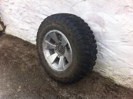 Mitsubishi L200 wheels with used tyres