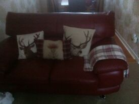 Brilliant condition 2 seater couch hardly used